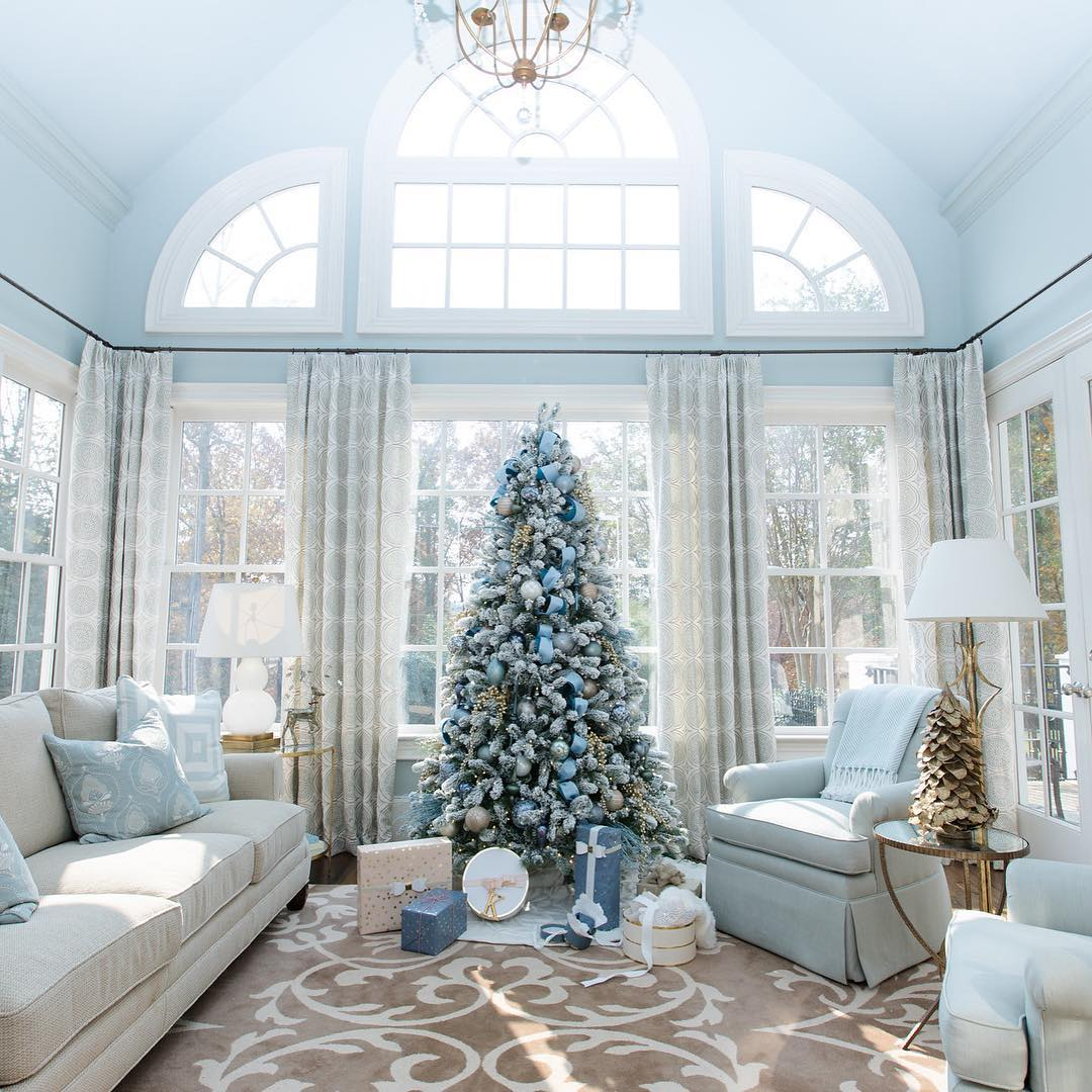 Beautify your Christmas Home Decoration with Rugs this year - Your ...