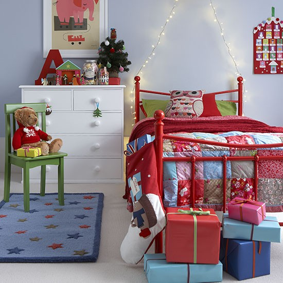 kids room christmas decoration with rugs